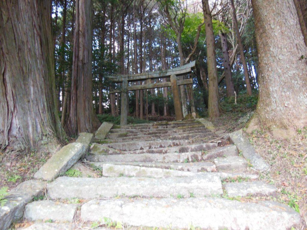 亀岡市内にある謎の神社